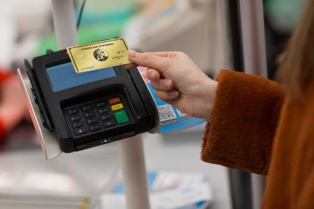 Contactless Payments with link to Amex infographic